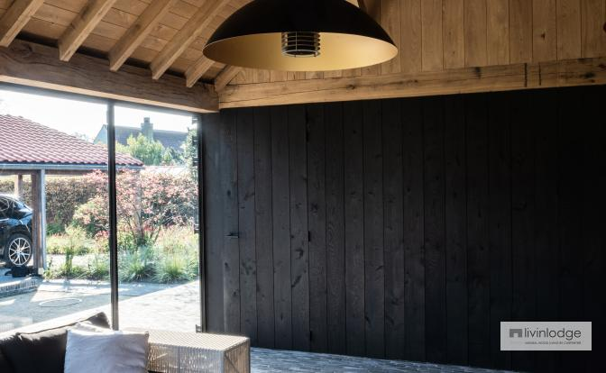 Poolhouse met eiken beplanking | Livinldoge