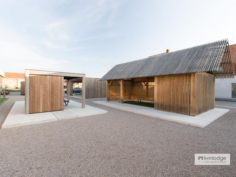 Moderne houten bijgebouw op parking showroom te Meulebeke | Houten bijgebouwen op maat