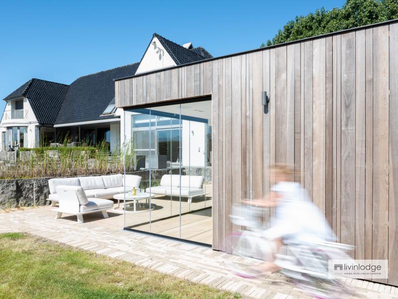 Moderne poolhouse te Oostduinkerke
