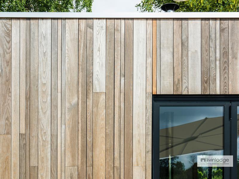 Moderne poolhouse met hobbyruimte te Tielt | houten bijgebouwen op maat