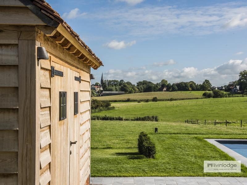 Moderne tuinberging annex loungeruimte te Roeselare | Houten bijgebouwen op maat