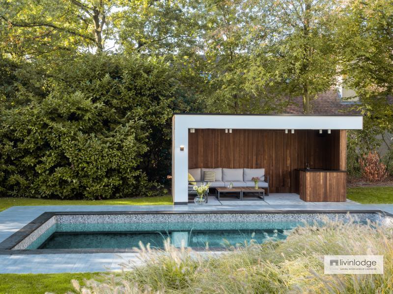 Moderne poolhouse in hout en witte crepi te Schoten | Houten bijgebouwen op maat