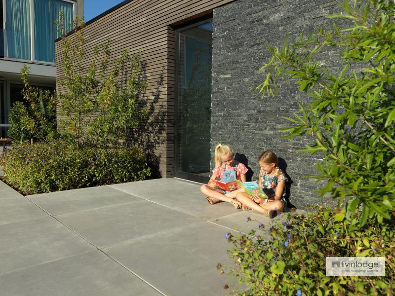 Polyvalente houten poolhouse met tuinberging te Waregem | Houten bijgebouwen op maat