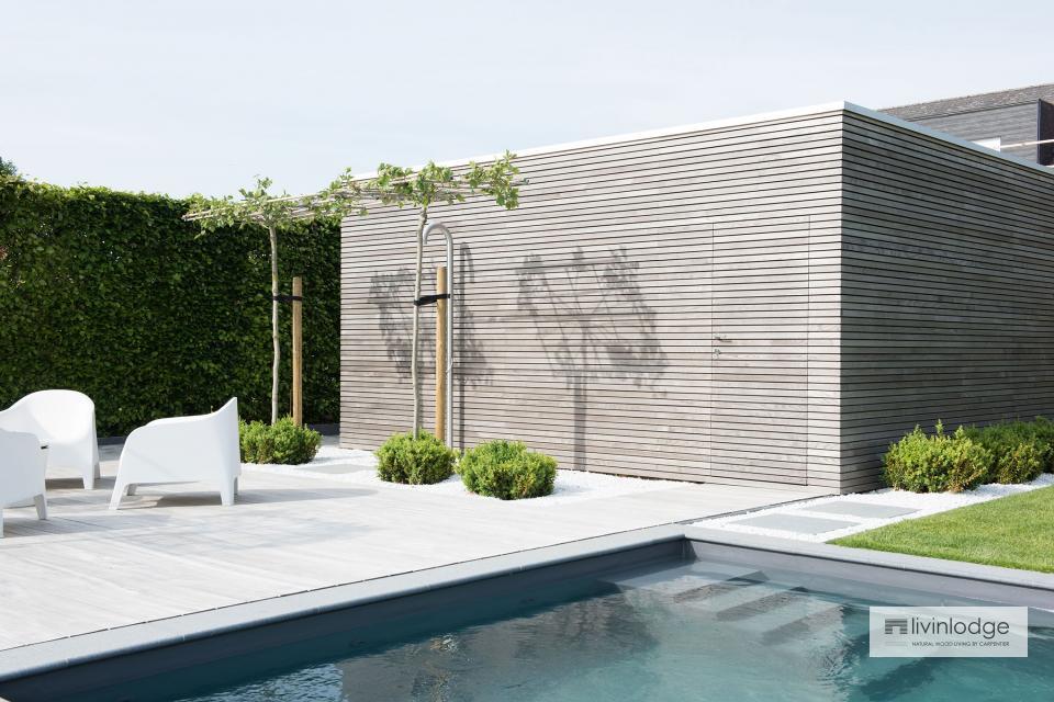Minimalistische poolhouse met tuinberging te Merchtem