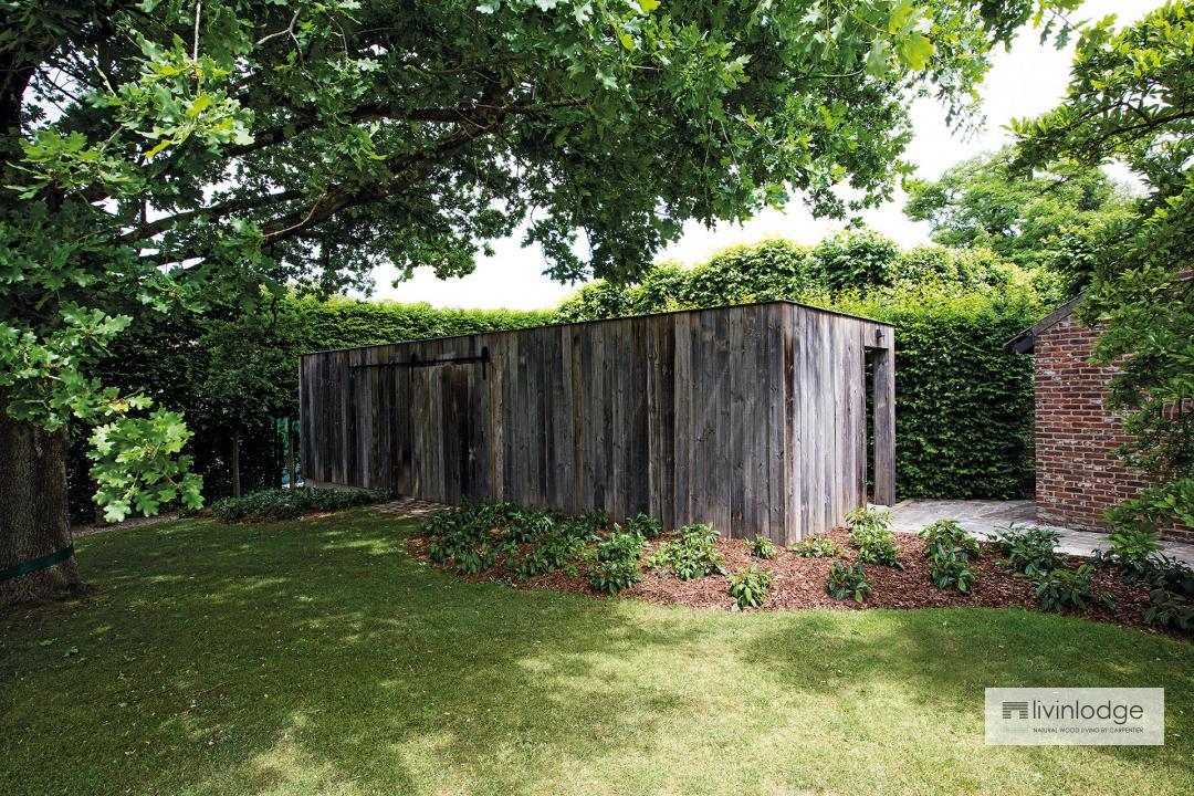 Moderne tuinberging | Houten bijgebouwen op maat