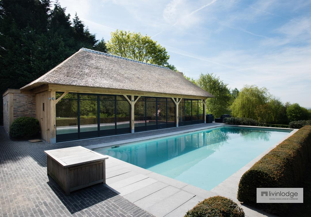 poolhouse in hout