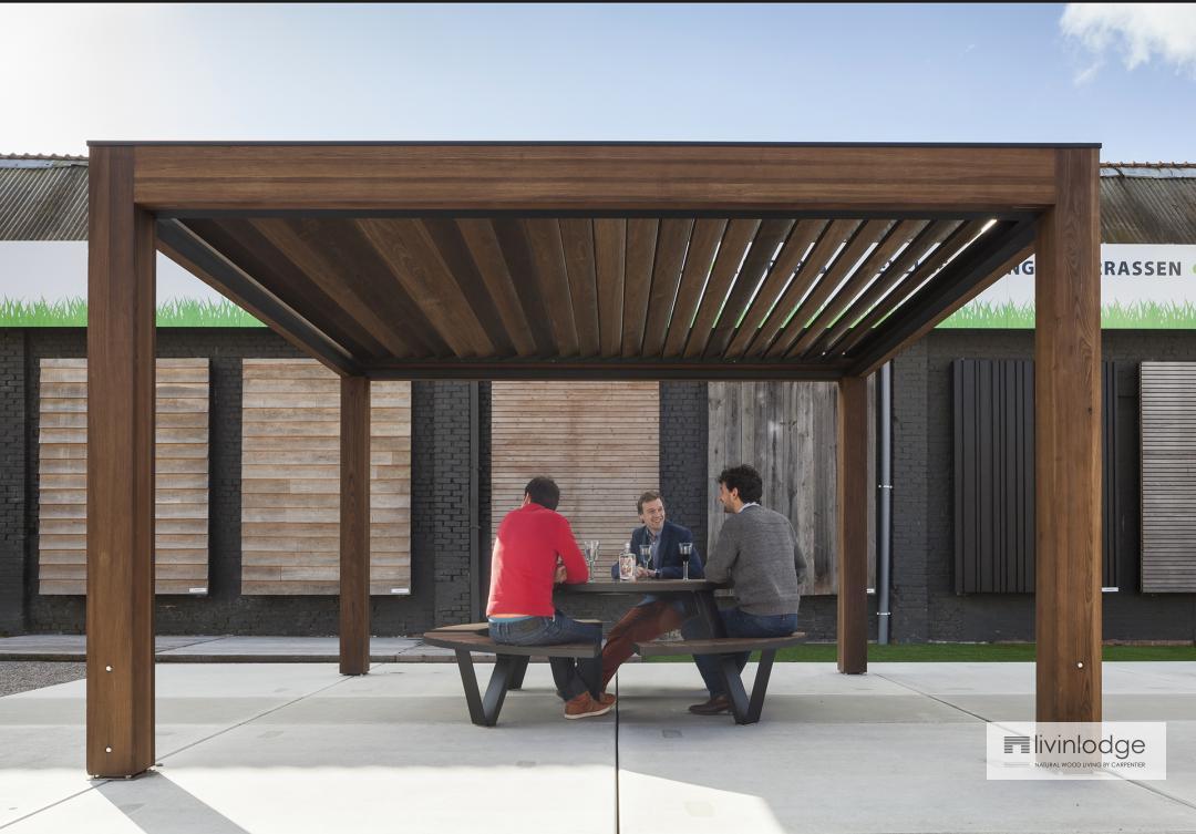 houten terrasoverkapping - lamellendak | bijgebouwen op maat